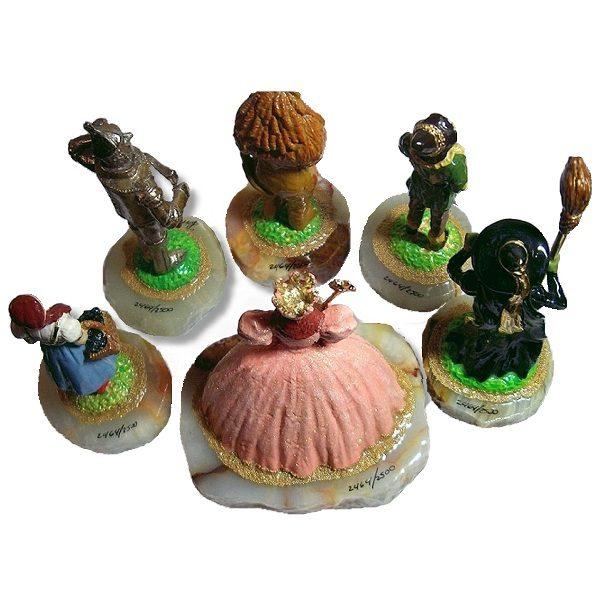 Wizard of Oz Figurine Set back view