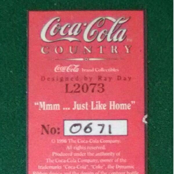Lilliput Lane Coca-Cola Restaurant bottom