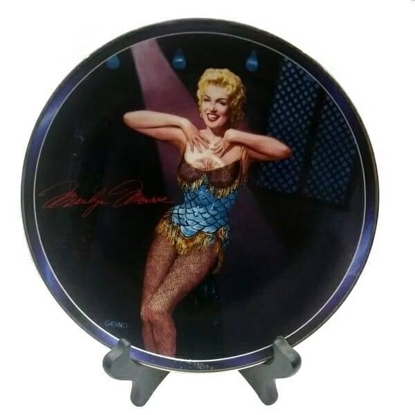 Chanteuse Marilyn Plate
