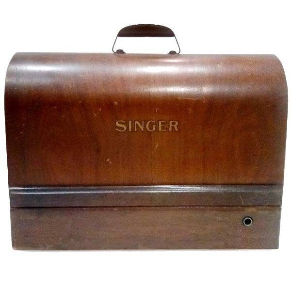 Singer Sewing Machine In Case front view